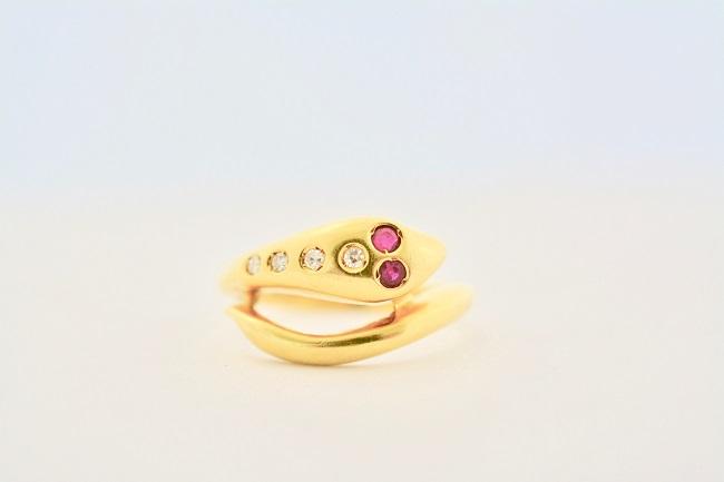custom engagement rings Sunshine Coast - handmade engagement rings Caloundra