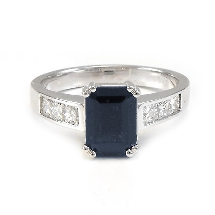 master jeweller Sunshine Coast - ethically sourced stones Coolum