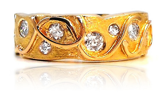 diamond rings Sunshine Coast - hand crafted jewellery Nambour