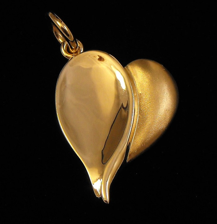 jewellery designer Sunshine Coast - hand crafted jewellery Noosa
