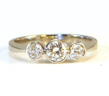 ethically sourced stones Sunshine Coast - wedding rings Mooloolaba