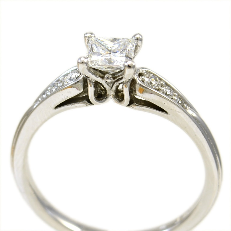 handmade engagement rings Sunshine Coast - wedding rings Caloundra