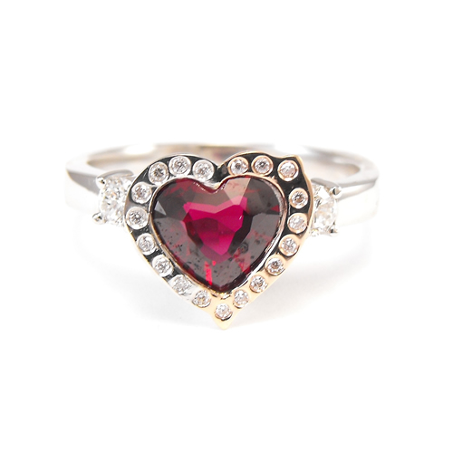 custom engagement rings Sunshine Coast - handmade wedding rings Maroochydore