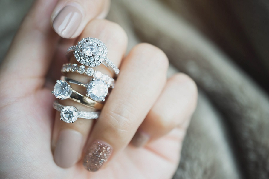 custom jewellery hervey bay qld – jewellery designer – repair and restoration – handmade antique wedding engagement rings hervey bay
